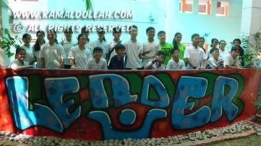 2014-06-03-Pei-Hwa-Graffiti-group